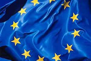 EUROPE-DRAPEAU-2-300